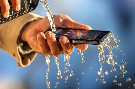 Sony Su geçirmez Telefonu Xperia Z